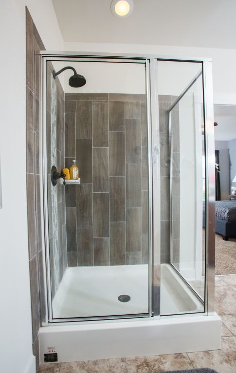 2-Sided Ceramic Shower | R-Anell Homes